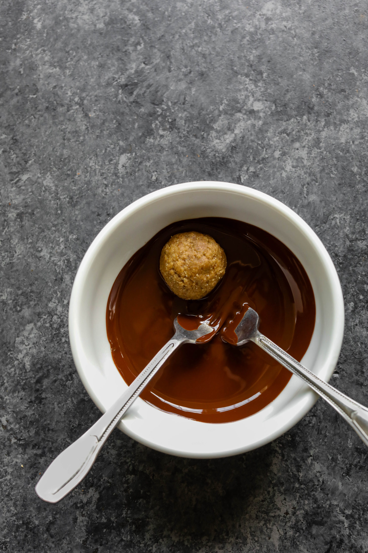 "4-Ingredient ""Superseed"" Chocolate Truffles by Flora & Vino"