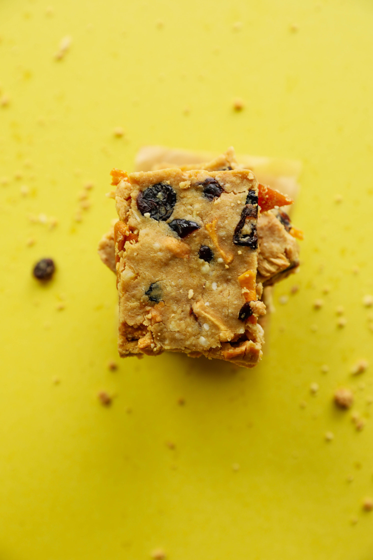 No-Bake Tropical Protein Bars